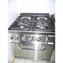 cuisinière à gaz, 4 brûleurs, 1 four à gaz reconditionné